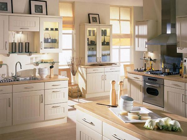 Farbanje stare kuhinje
